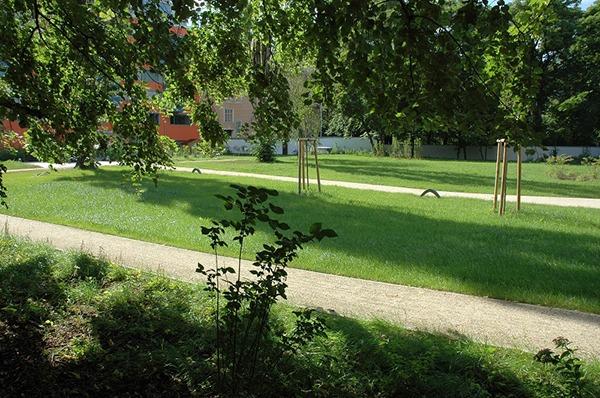 Öffentliche Grünfläche, Wegebau