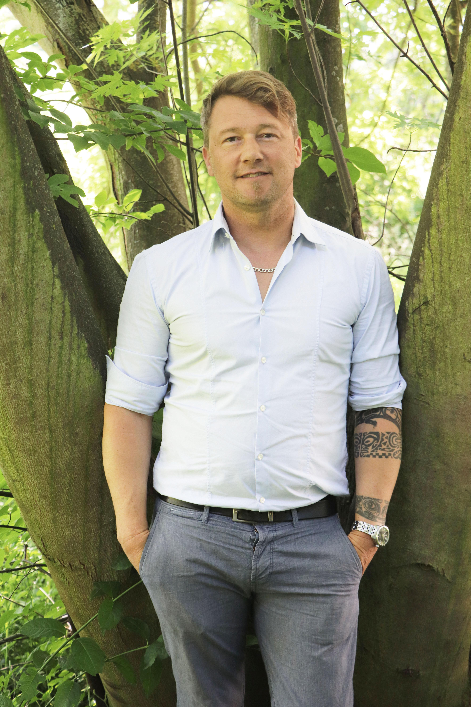 FAW Emmanuel Holz